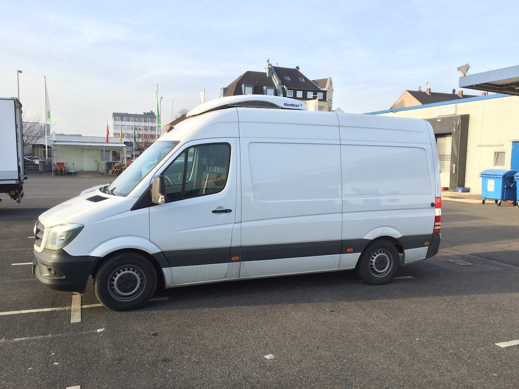 Z.B. Mercedes Benz Sprinter, Ford Transit